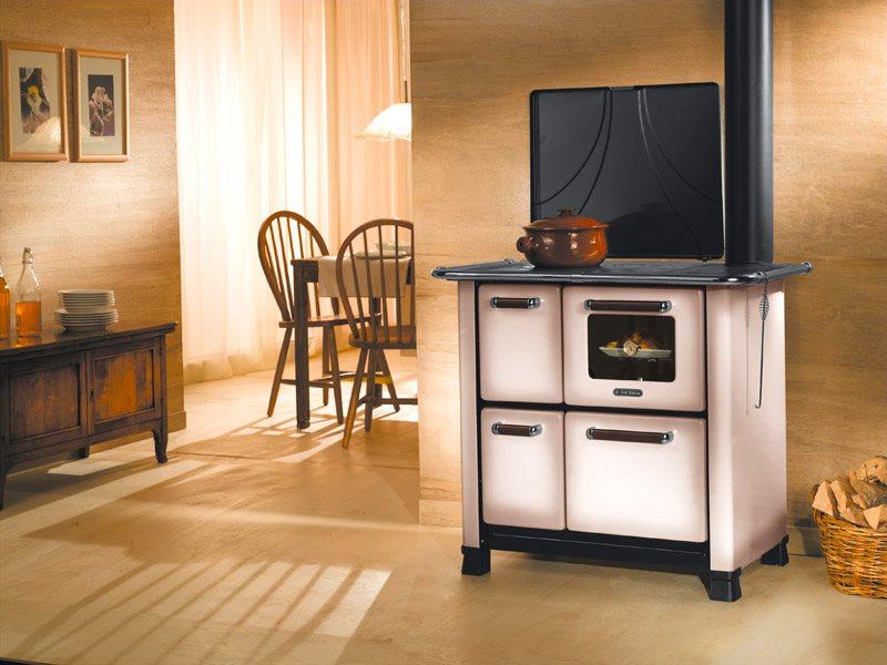 Dal zotto cucina a legna con forno 1 focolare in ghisa rivestimento porcellanato 6 5kw volume - Cucina in ghisa ...