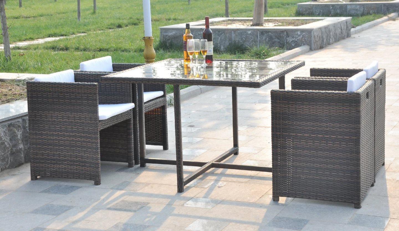 Giardini del re tavolo e sedie da giardino effetto rattan for Set tavolo e sedie da giardino outlet