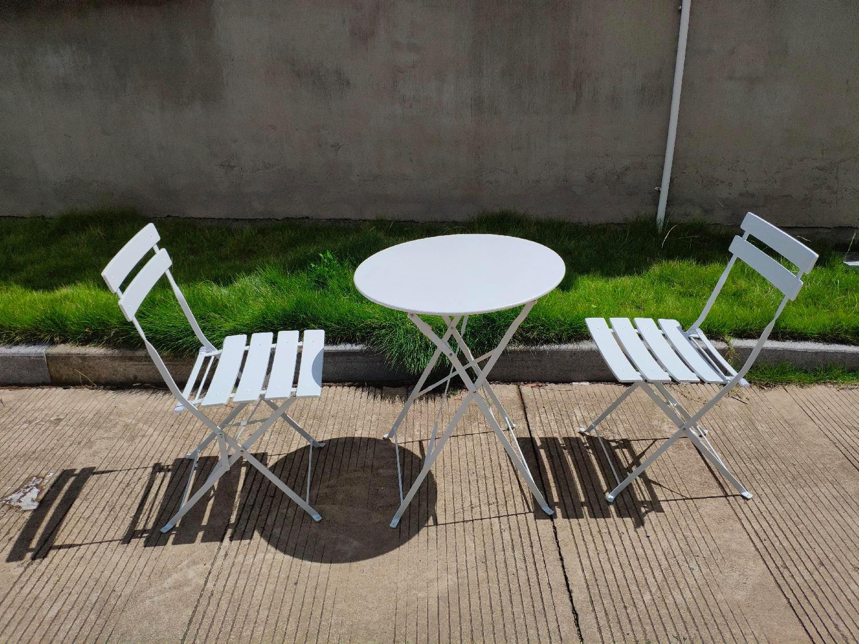 Tavolini E Sedie Da Giardino.Set Tavolino E Sedie Da Giardino In Acciaio Salottino Da Esterno Completo 3 Pezzi Tavolino E 2 Sedie Colore Bianco Giotto