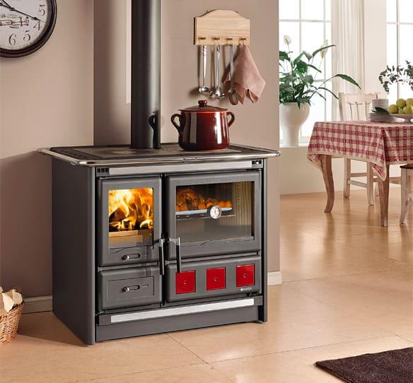 Cucina a Legna con Forno 1 Focolare in Ghisa Potenza 8.5 kW Volume 244 m3  Dimensione 100x66 cm colore Nero - Rosa XXL