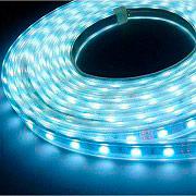 Linea Best SMD5050 Striscia LED 5 Metri 300 LED Adesiva+Alimentatore IP44 Calda