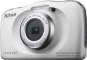 Nikon W150 Fotocamera Digitale Compatta 13 Mpx CMOS 3x FHD+Zaino Bianco Coolpix