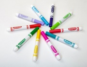 Crayola 58-8328 Vivid |-E-000 set da disegno 8 pezzi